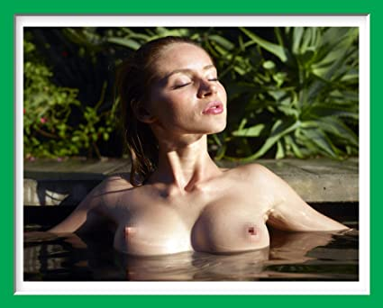 Perfect Body Nude Print Art Big Natural Breast Close Up