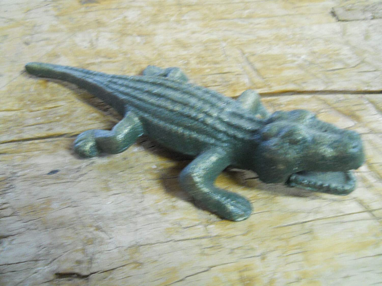 Cast Iron Florida Gators Garden Statue Yard Art Pool Home Decor Alligator Pond