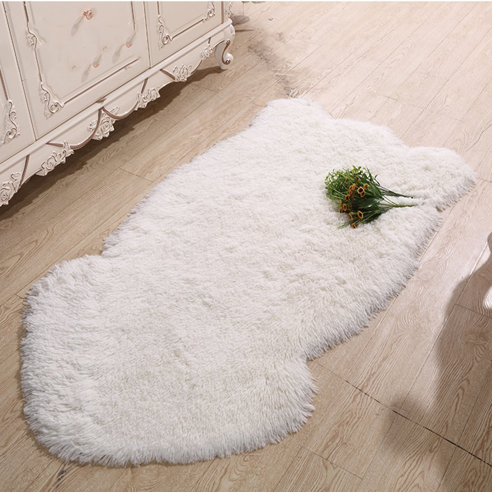 Cuteshower Soft Faux Sheepskin Chair Cover Rug Carpet with Super Fluffy Thick Fur for Bedroom Sofa Floor Ivory White 2ft x 3ft