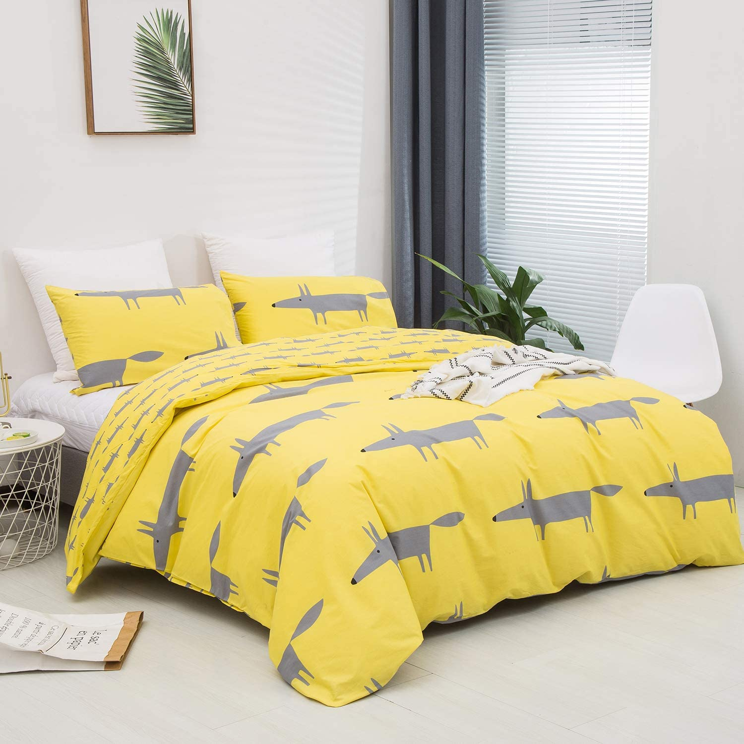 CLOTHKNOW Yellow Fox Duvet Cover Sets Queen Cotton Boys Girls Bedding Sets Full Grey Animal Cartoon Duvet Cover Kids Teen Bed 3Pcs Bedding Comforter Cover Set with Zipper Closure