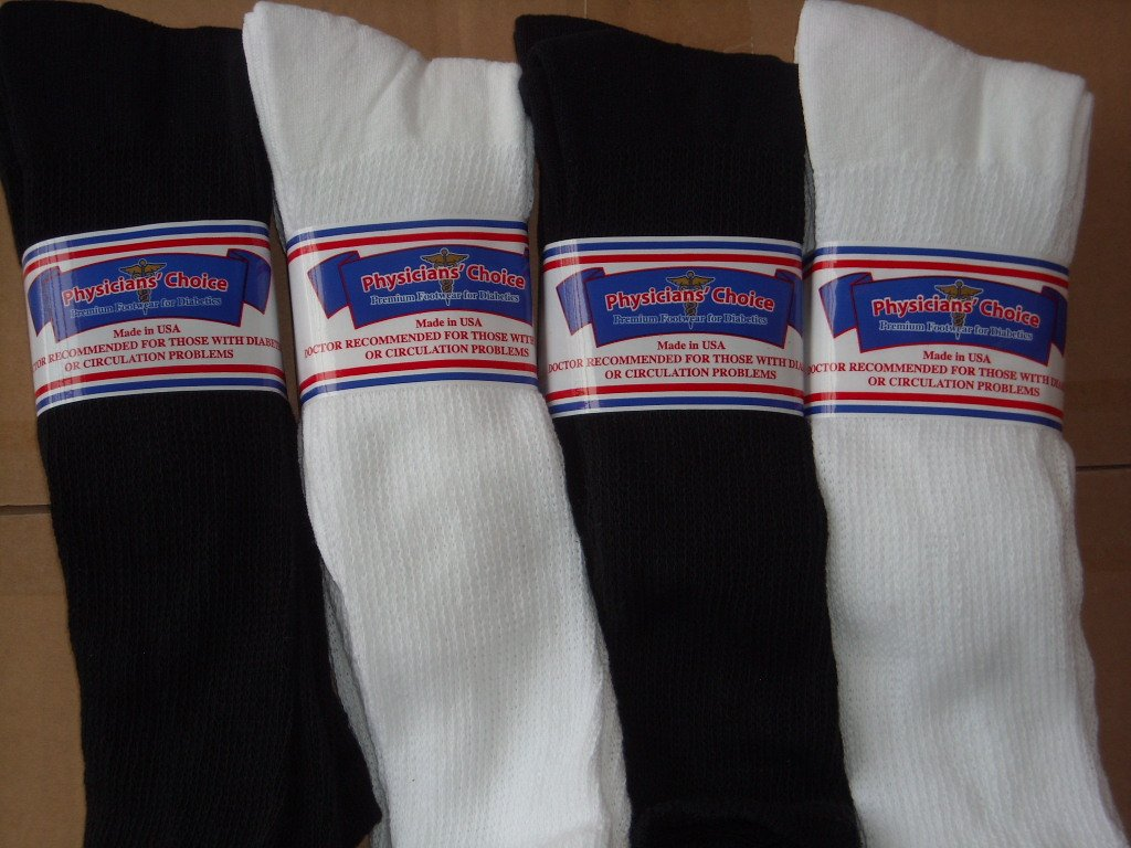 OVER THE CALF DIABETIC SOCKS, 12 PAIR TOTAL,USA, 6 EACH WHITE AND BLACK COLOR,13-15 PLUS SIZE,PHYSICIANS CHOICE
