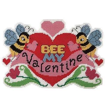 Amazon Com Craftways Bee My Valentine Wall Hanging Plastic Canvas