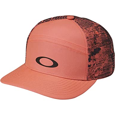 Amazon.com  Oakley Women s Shade Me Adjustable Hats 5b1b7d5c77