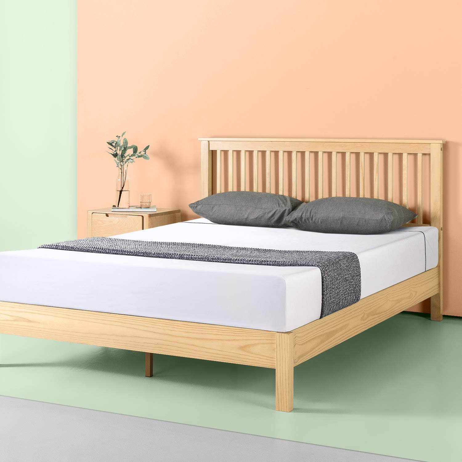Zinus Becky Farmhouse Wood Platform Bed, Queen