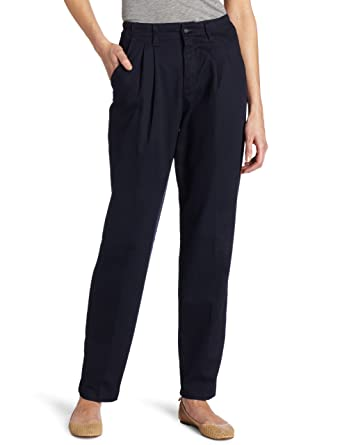 Lee Women's Relaxed-Fit Pleated Pant at Amazon Women's Clothing ...