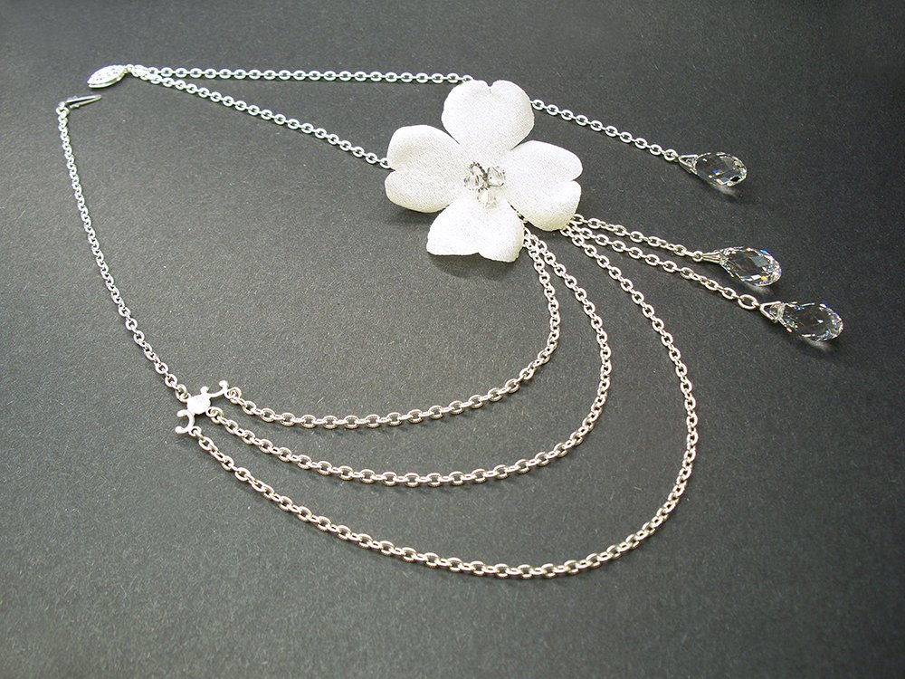 Amazon Com Floreti Aphrodite Flower Bridal Necklace Swarovski