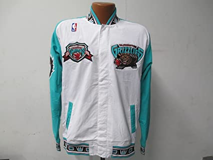 c098d7935e1 Image Unavailable. Image not available for. Color  Vancouver Grizzlies  Small (36) Mitchell   Ness Inaugural Season 95-96 Warm Up