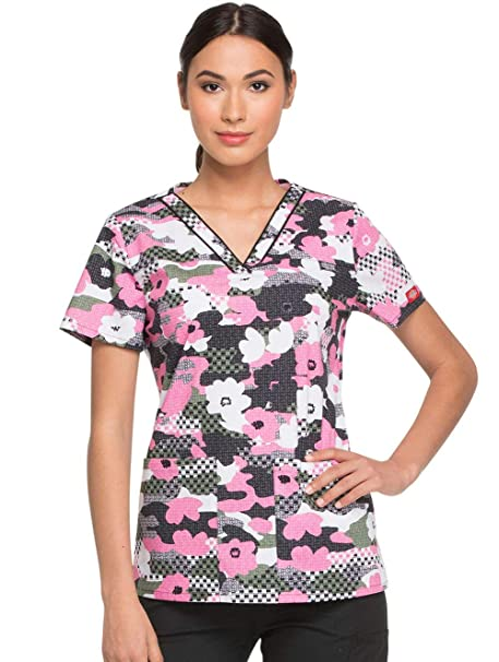 a2b5e4485b4 Amazon.com: Dickies Everyday Scrubs Signature by Women's V-Neck Butterfly Print  Scrub Top: Clothing