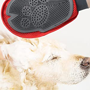 Glumes Pet Grooming Glove Bath & Massage Brush for Shampooing Dogs and Cats with Short or Long Hair - Cat Shape Soft Rubber Silicone Gently Removes Loose & Shed Fur from Your Pet's Coat