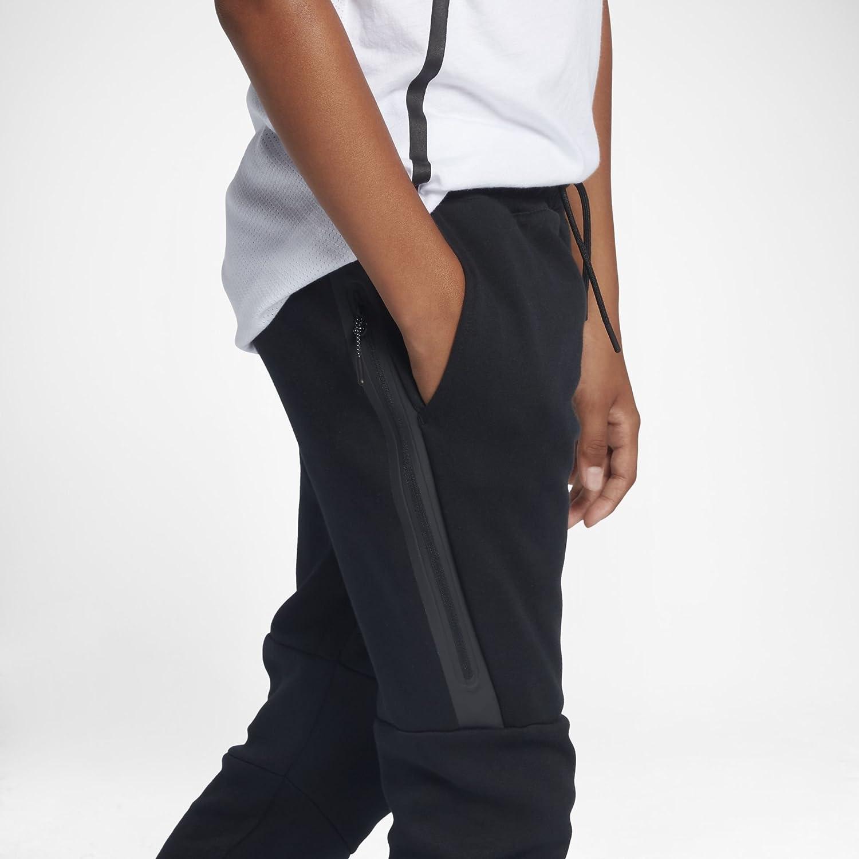 8b575ac38 Description du produit. Pantalon enfant de la marque NIKE. Modèle – B NSW  TCH FLC Pant.