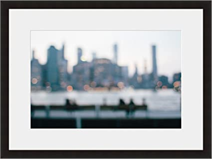 Amazon.com: eFrame Fine Art | NYC New York Blurry Skyline Black and ...