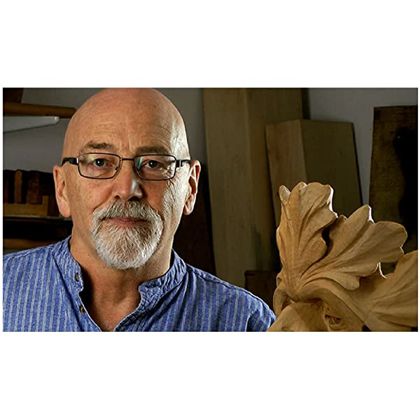 Relief carving in wood a practical introduction chris pye