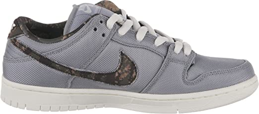 uk availability b2ed9 d79d0 Amazon.com  Dunk Low Pro SB  DIGI CAMO  - 304292-054 - Size 5  Shoes