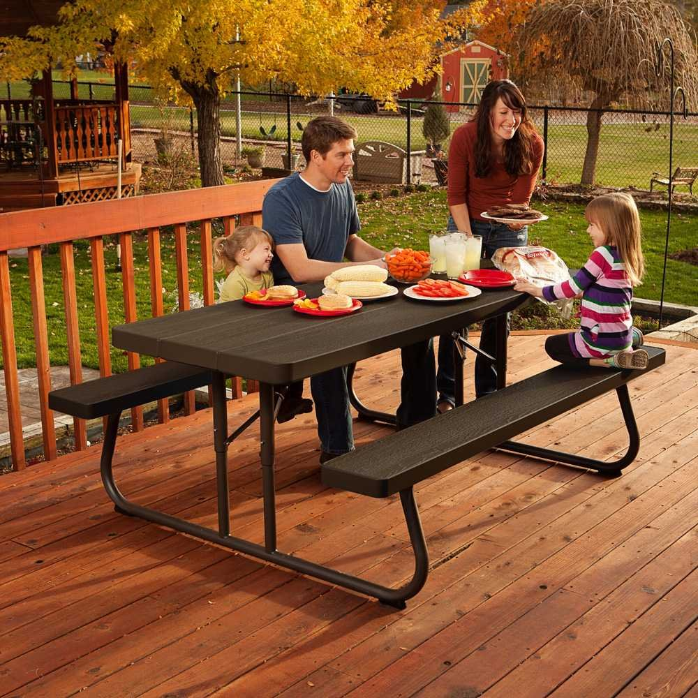 Amazon.com : Lifetime 60105 Wood Grain Picnic Table And Benches, 6 Feet,  Brown : Garden U0026 Outdoor