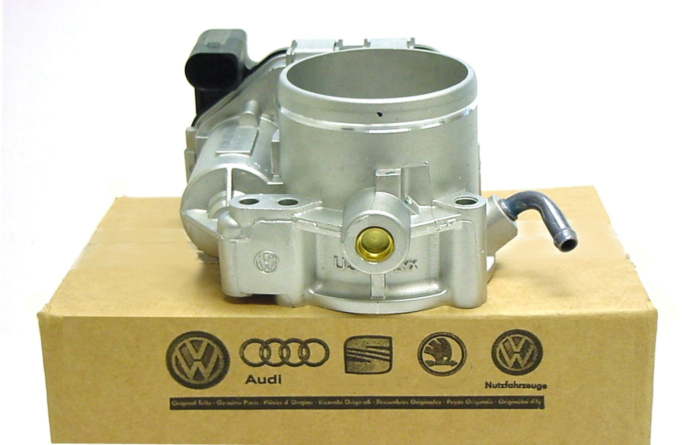 Genuine VW Throttle Body 2.5 Jetta Beetle Rabbit Golf Passat 2008-14 with TPS 07K-133-062-A by Volkswagen