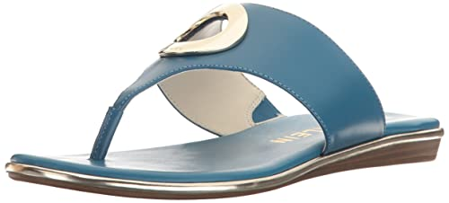 ae78d3becac5 Amazon.com  Anne Klein Women s Gia Leather Flip-Flop  Shoes