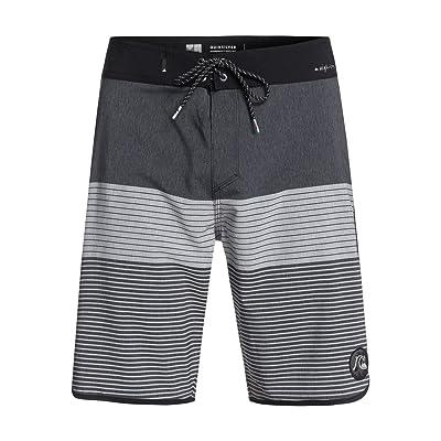 Quiksilver Men's Highline Tijuana Scallop 20 Swim Trunk: Clothing