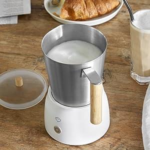 Espresso Geschenke zu Ostern 2020, der elektrische Milchaufschäumer von Mia