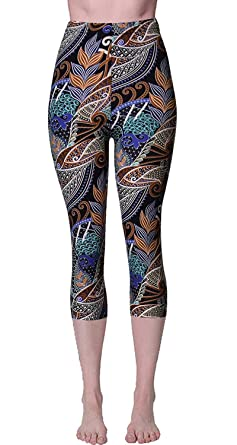 6025830f5ba8 VIV Collection Print Brushed Ultra Soft Cropped Capri Leggings ...