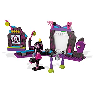 Mega Contrux Monster High Fangtastic Photo Day Building Set: Toys & Games