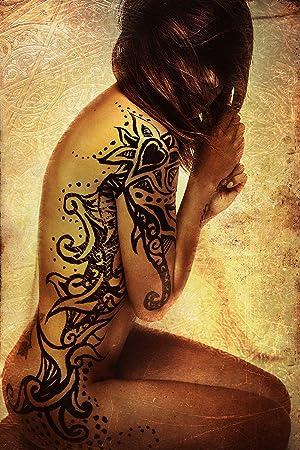 tattoos frau nackt