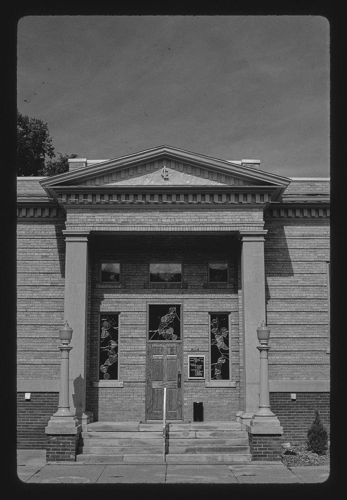 8 x 12 BW Photo of: Carnegie Library, W. 4th Street, Alliance, Nebraska 1993 Roadside America Margolies, John, photographer 13d