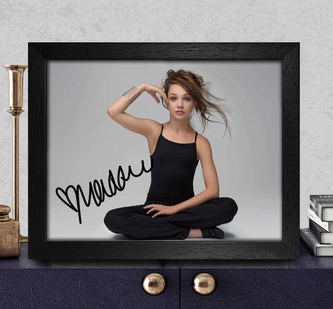 Maddie Ziegler Autographed Signed photo 8 x 10 Ristampa Rp PP [elastico cuore]