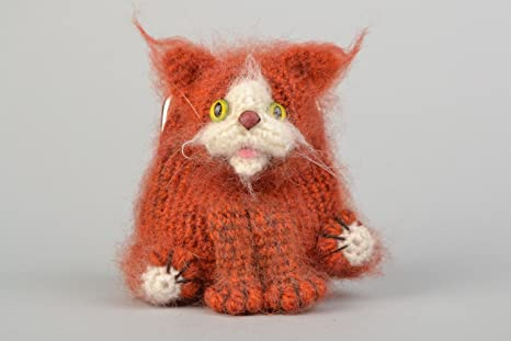 Monedero artesanal tejido a ganchillo para ninos con forma de gato marron