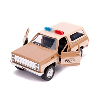 Hopper's Chevrolet Blazer Hawkins Police Dept. Stranger Things (2016) TV Series Hollywood Rides 1/32 Diecast Model Car by Jada 31114: Toys & Games