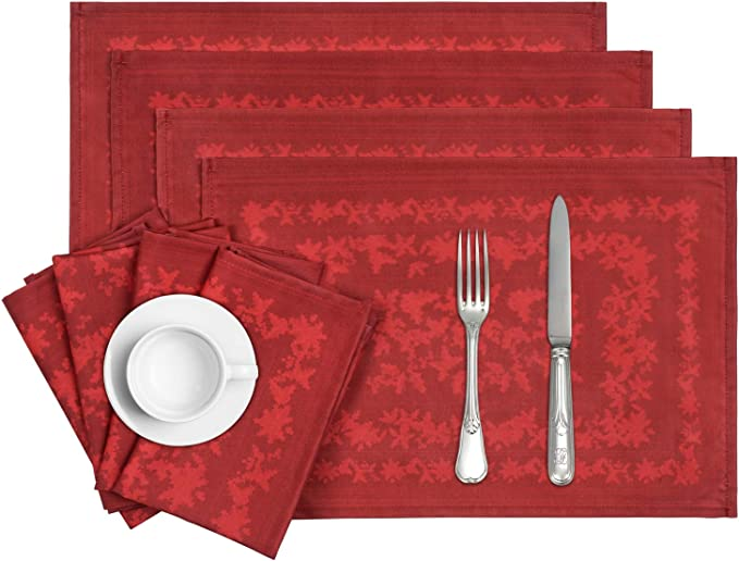 Set of 2 - Ho Ho Ho Merry Christmas by red/_raspberry/_design Holiday Dinner Napkins Festive  Christmas Santa Cloth Napkins by Spoonflower