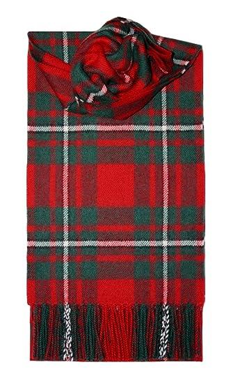 MacGregor Tartan Écharpe en laine d agneau  Amazon.fr  Vêtements et ... b6bff802cb7
