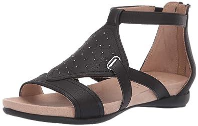 3410d8444b15 Amazon.com  Natural Soul Women s AVONLEE Flat Sandal  Shoes