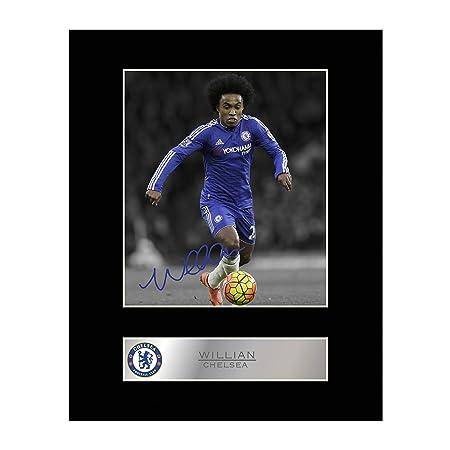 89ac9f560 Willian Signed Mounted Photo Display Chelsea FC  Amazon.co.uk  Kitchen    Home
