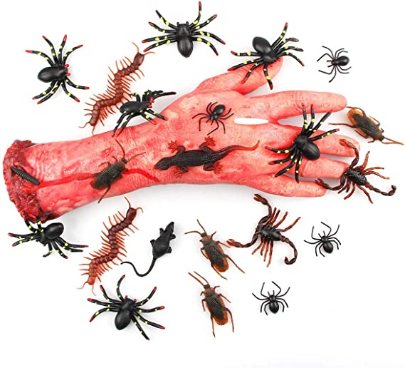 Perfect for Halloween 8 Rather Realistic Vintage Bugs Lizard Insects Spider.