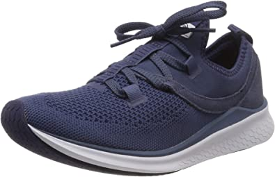 otoño impaciente Conciliador  Amazon.com | New Balance Women's Fresh Foam Lazr Sport V1 Sneaker | Road  Running