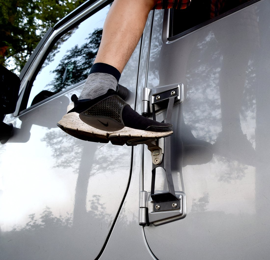 IPARTS Black Door Hinges Foot Peg Side Pedal for 2007-2017 Jeep Wrangler JK /& Unlimited-1pcs