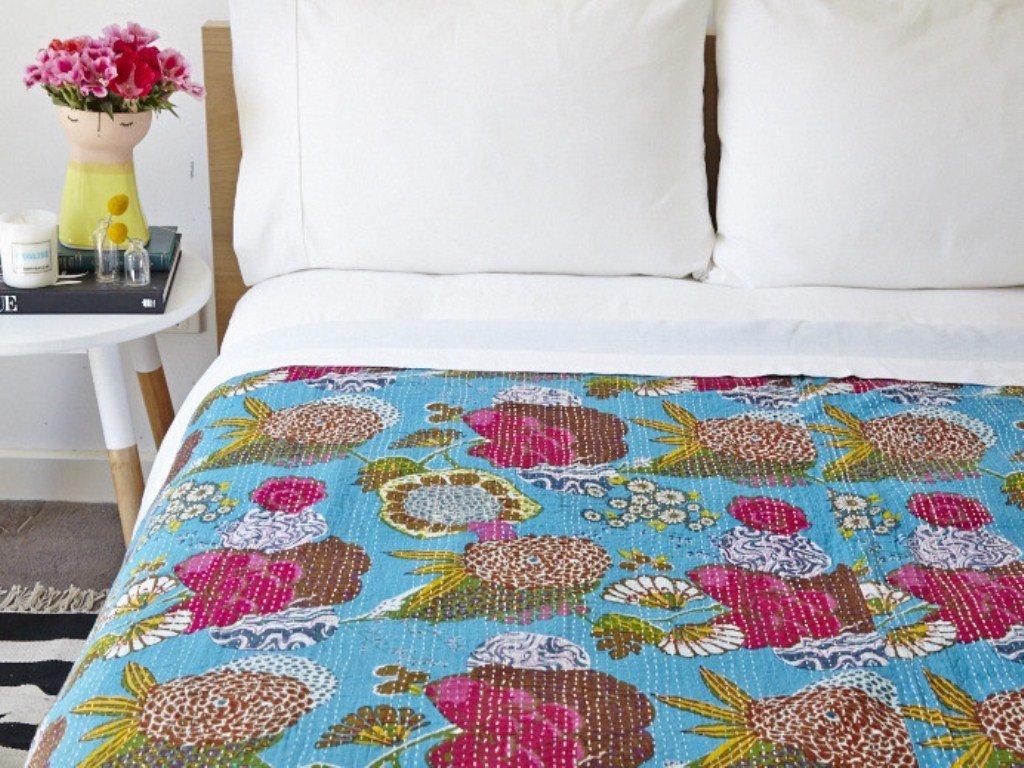 Yuvancrafts Indian Floral Print Twin Cotton Kantha Quilt Throw Blanket Bedspread Throw Gudari Multi