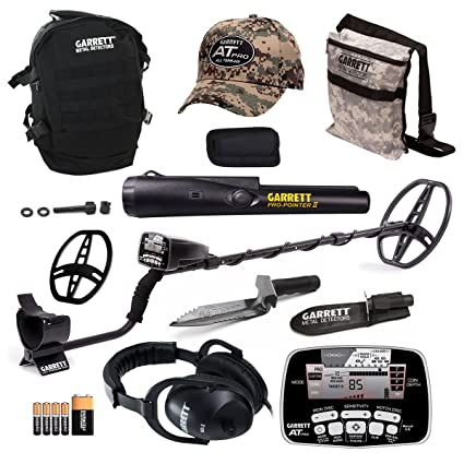 Amazon.com : Garrett AT Pro Metal Detector Bonus Pack with ProPointer II and Edge Digger : Garden & Outdoor