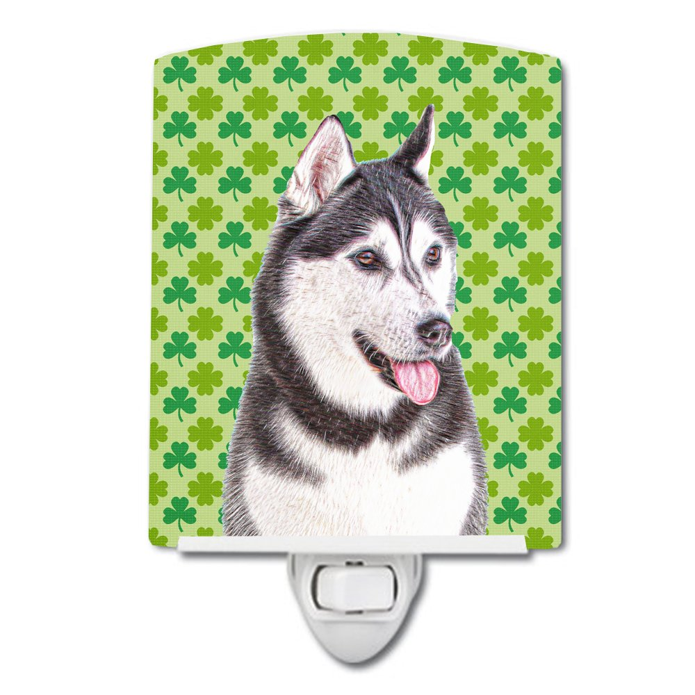 Caroline's Treasures St. Patrick Shamrock Alaskan Malamute Night Light, 6'' x 4'', Multicolor
