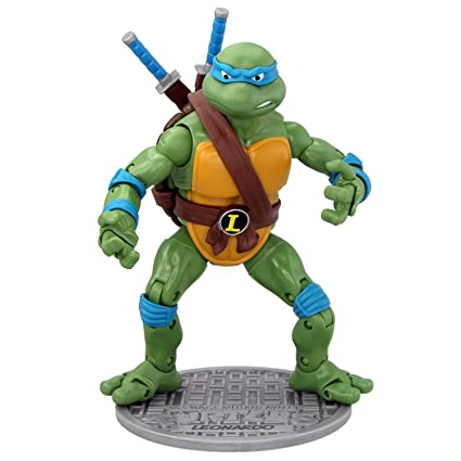 915d5ee2a Amazon.com: Teenage Mutant Ninja Turtles Classic Collection Leonardo ...