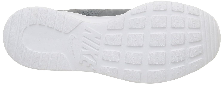 competitive price 9fd8b 4fe80 Amazon.com   Nike Mens Kaishi Running Sneaker Cool Grey White 11.5    Fashion Sneakers