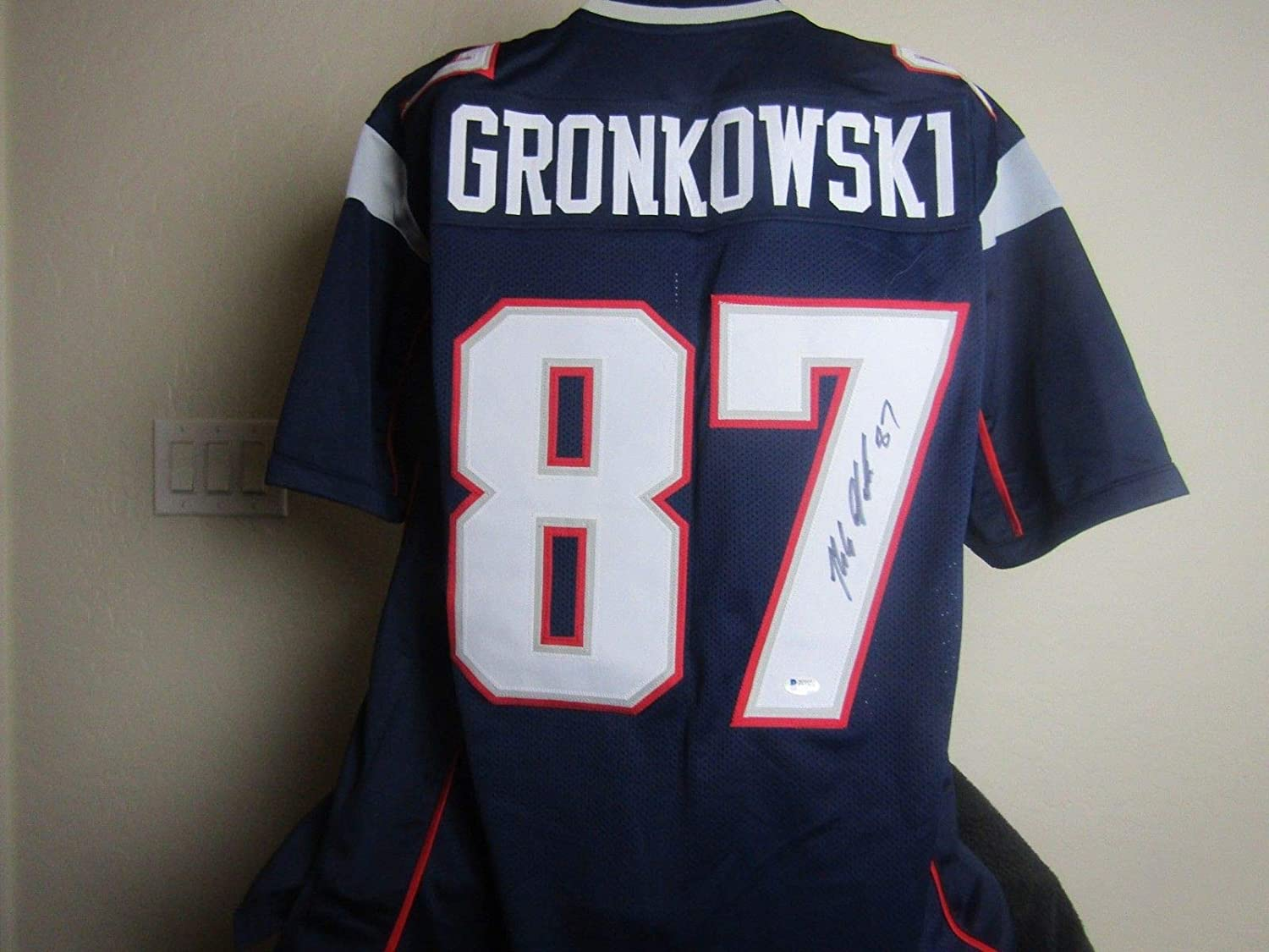 ROB GRONKOWSKI AUTOGRAPHED SIGNED PATRIOTS JERSEY BECKETT COA