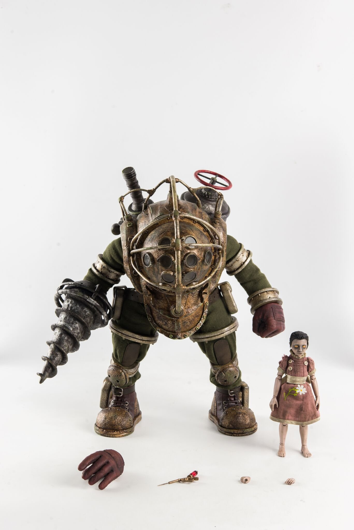 ThreeZero Bioshock: Big Daddy & Little Sister 1: 6 Scale Action Figure Two Pack