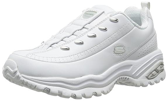 04a52dc598 Zapatos microperforados para mayor ventilación. Lengua y suela acolchadas  para mayor comodidad.