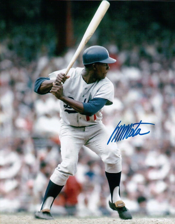 Manny Mota Signed 8X10 Photo Autograph LA Dodgers Home Swing Left Auto COA