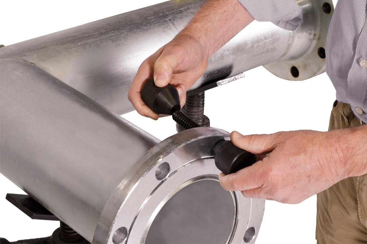 Carbon Flange Pins 5//8-1-5//8 Sold per Pair 5//8-1-5//8 SUM   781235 Sumner Manufacturing 781235 Qwik Pins