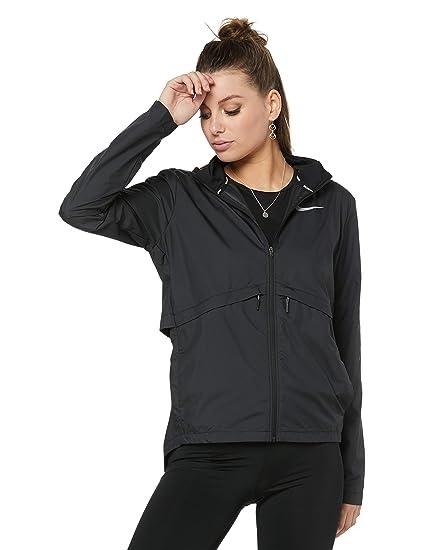 6ac0f47dbe05e Amazon.com: Nike Essential (Plus Size) Women's Running Jacket: Clothing