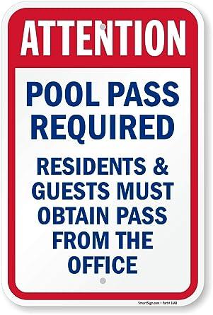 Amazon.com: Atención piscina requiere Pass, Residentes y ...
