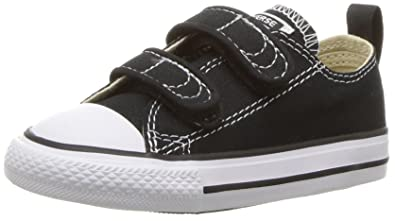 2f5580a32d3824 Converse Boys  Chuck Taylor All Star 2V Low Top Sneaker black 2 M US Infant