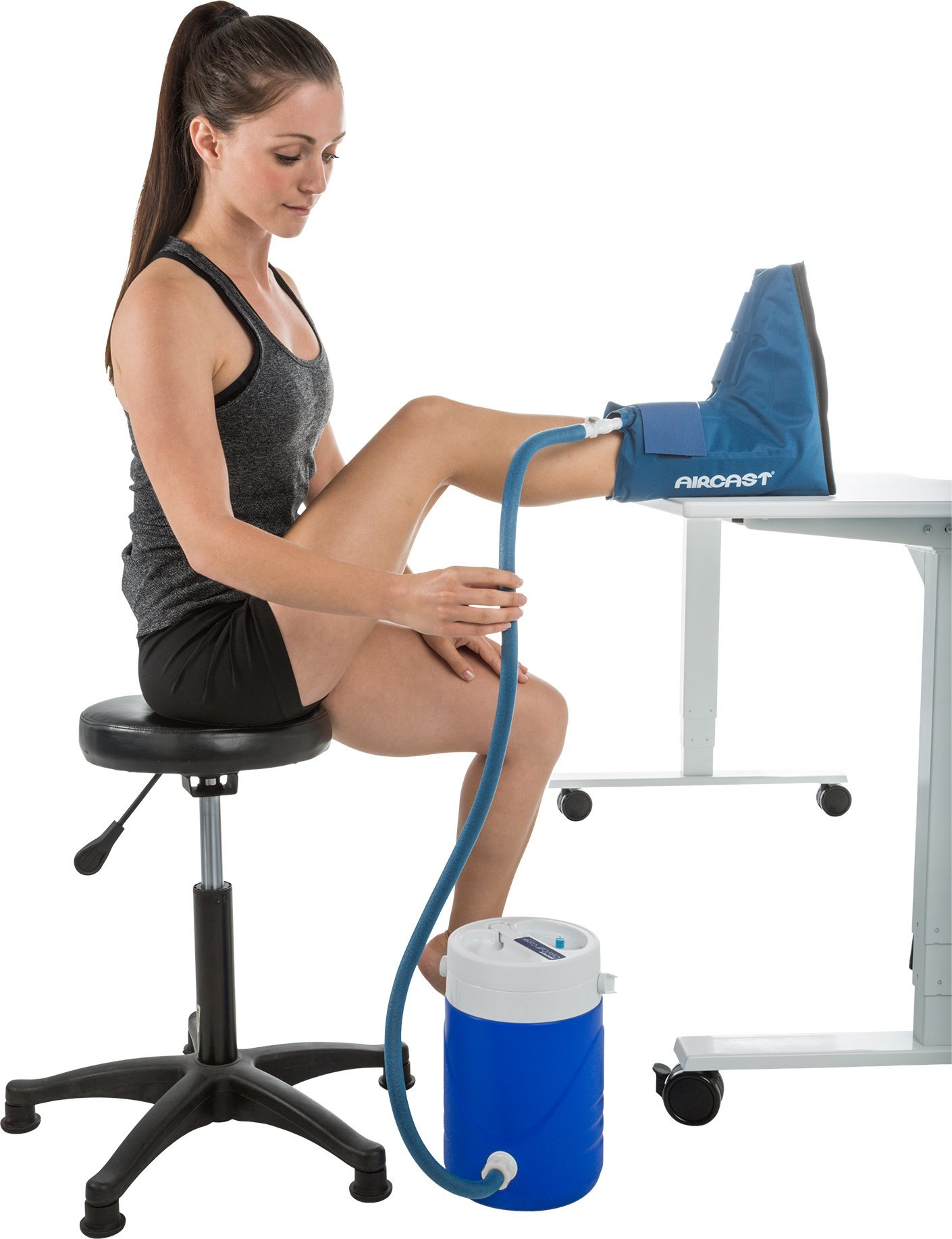Aircast Cryo/Cuff Cold Therapy: Ankle Cryo/Cuff with Non-Motorized (Gravity-Fed) Cooler, One Size Fits Most by Aircast (Image #5)